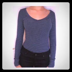 Striped v-neck, long sleeve shirt